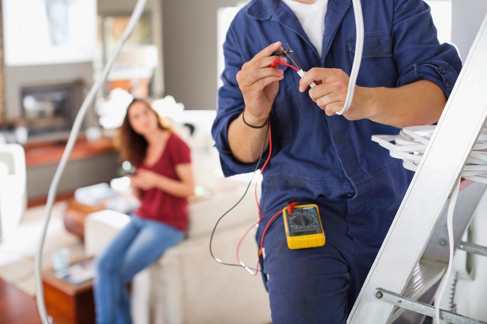 Eletricista em Vila Monte Santo